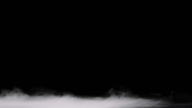 nebel lying low - niedrig stock-videos und b-roll-filmmaterial