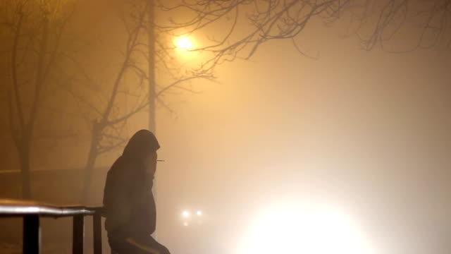 fog night - cold street bildbanksvideor och videomaterial från bakom kulisserna