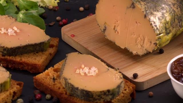 Foie gras e bolo de gengibre, Bordeaux, França - vídeo