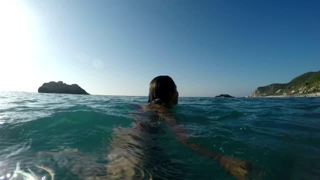 Siga-me no mar - vídeo
