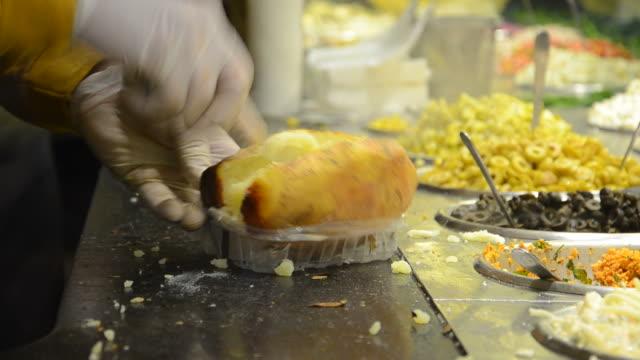 food - приготовленный картофель стоковые видео и кадры b-roll