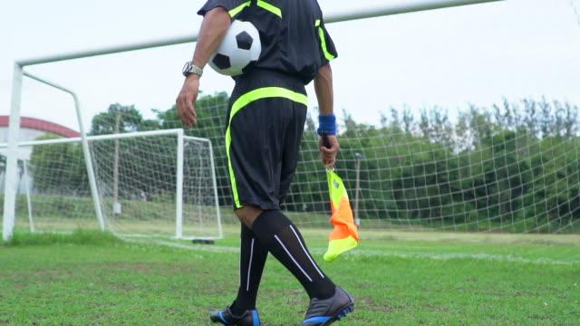 Football soccer linsman