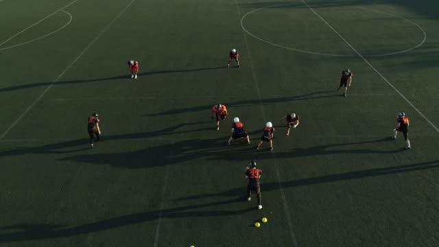 football training outdoors - trykot filmów i materiałów b-roll