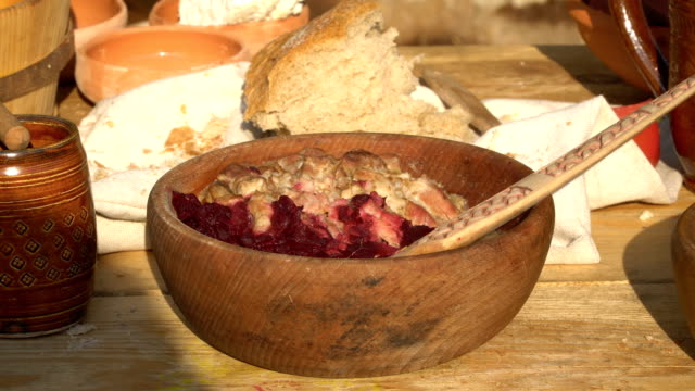 Former meal - a meal in a medieval tavern. A journey into the past.