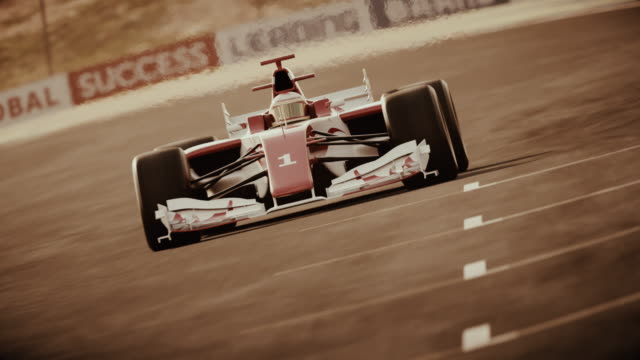 포뮬러 원 레이스 카, 결승선을 통해 운전 - 복고풍 스타일 - formula 1 스톡 비디오 및 b-롤 화면