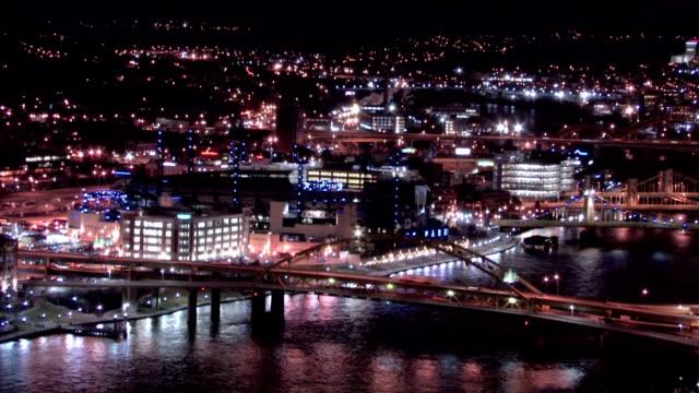 Fort Duquesne Bridge - Night / Wide video