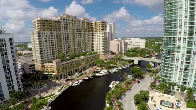 Fort Lauderdale River Walk TarponRiver Aerial Pull Back