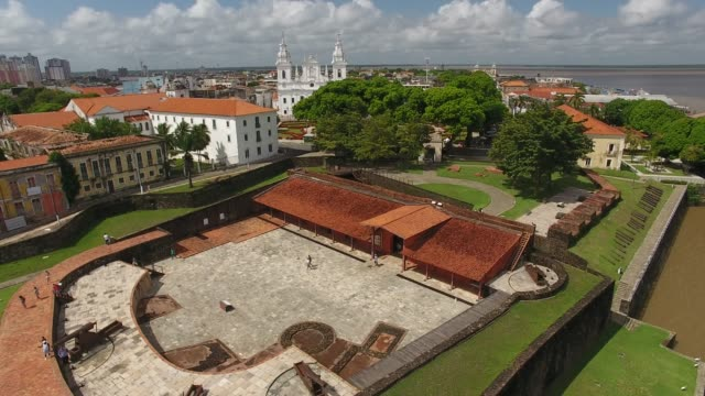 Fortress in the old town of Belém, Pará, Brazil, Amazon Region Drone view of the Fort of the Crib or Fort of the Castle, built in the 17th century - Old Town, Baía do Guajará, Belém, Pará, Brazil fort stock videos & royalty-free footage