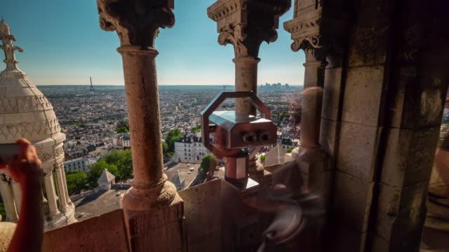 frankrike basilikan sacre observation däck paris city panorama 4k tidsfördröjning - montmatre utsikt bildbanksvideor och videomaterial från bakom kulisserna