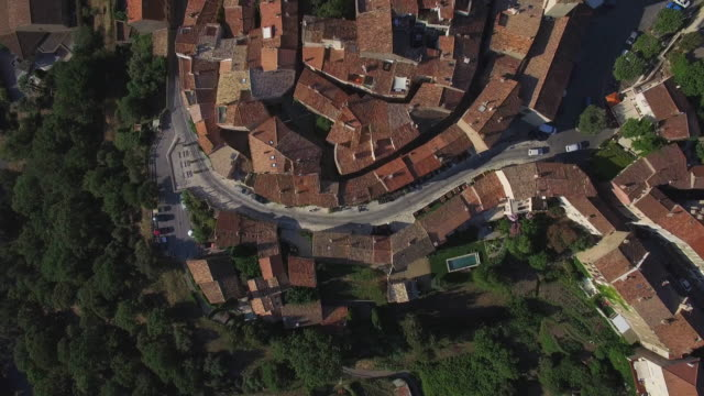 france, provence alpes-cote-d'azur, var, aerial view of ramatuelle - francja filmów i materiałów b-roll