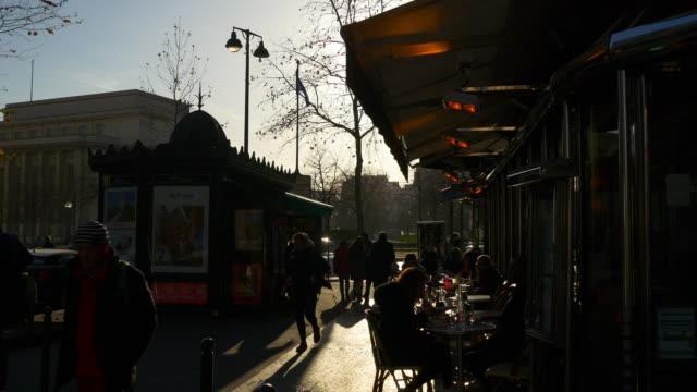 france sunset evening paris city street cafe sidewalk panorama 4k - terrazza video stock e b–roll