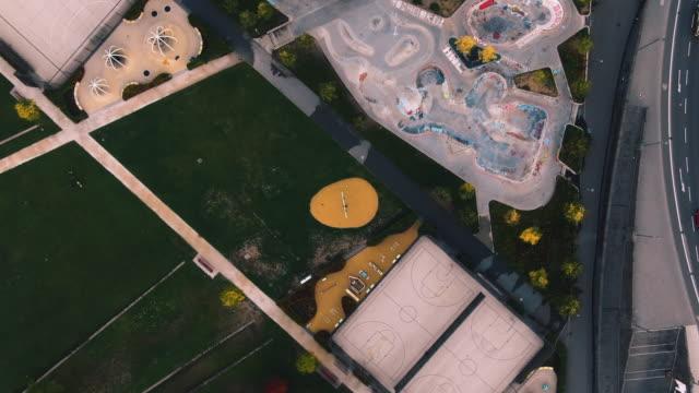Frankfurt EZB Osthafenpark Aerial Schuss von oben – Video