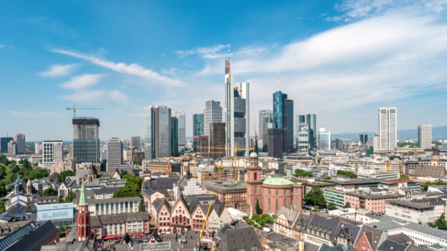 frankfurt germany time lapse 4k, aerial view city skyline timelapse at business district skyscraper - francoforte sul meno video stock e b–roll