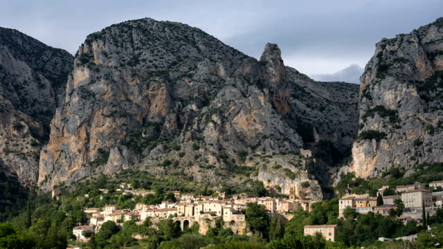 French ancient city in Provence. Connected with the legend of the golden star stretching between the rocks. The city is one of the centers of French porcelain. Moustier St. Marie. France