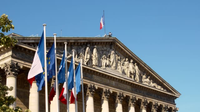assemblea nazionale francese - palais bourbon - francia video stock e b–roll