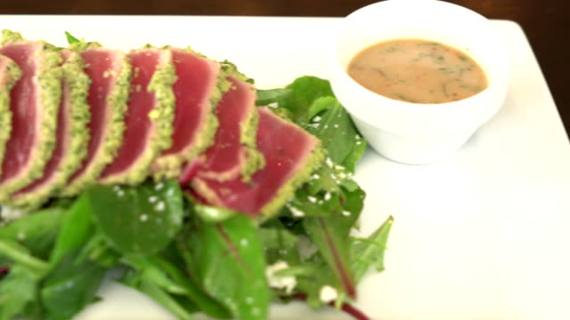 fresh raw tuna salad video