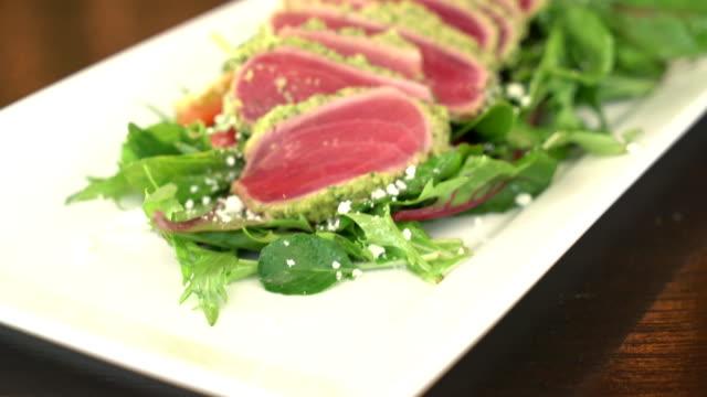 fresh raw tuna salad video