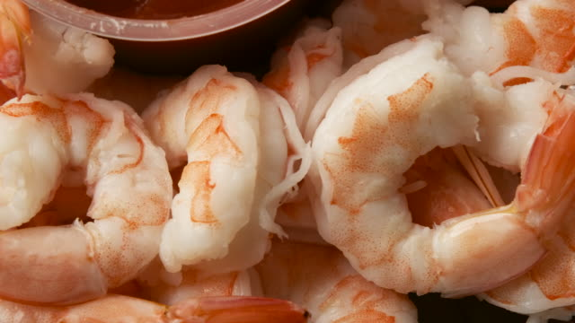 fresh shrimps from above - crostaceo video stock e b–roll