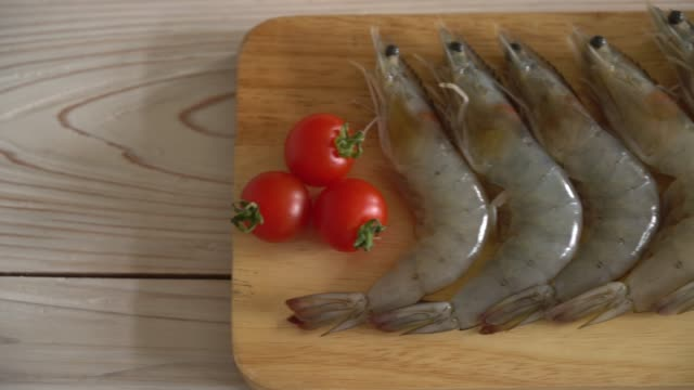 fresh shrimps on wooden board fresh shrimps on wooden board raw footage stock videos & royalty-free footage