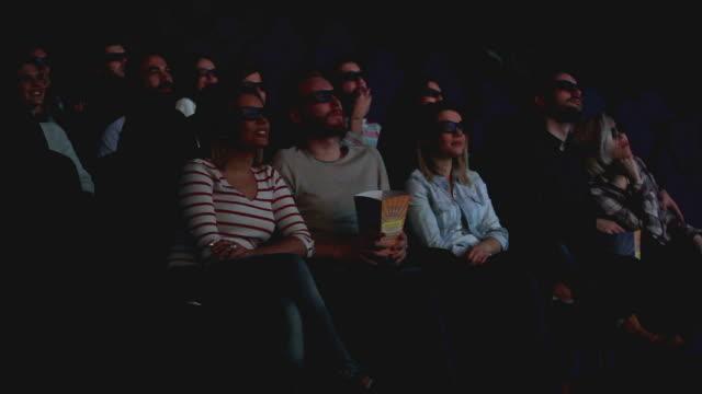Amis au cinéma - Vidéo