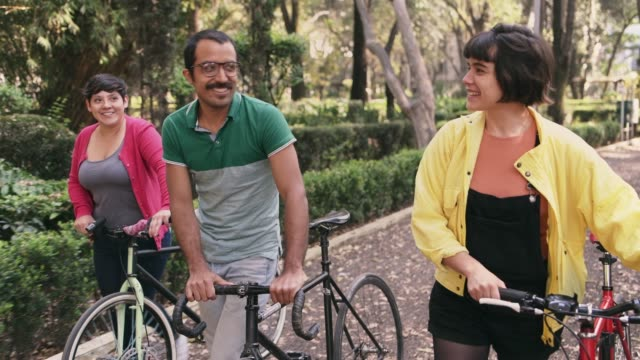 Friends riding bikes in Mexico City
