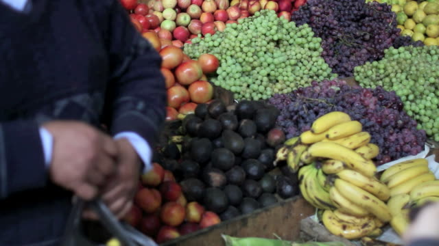 fruit market stand video