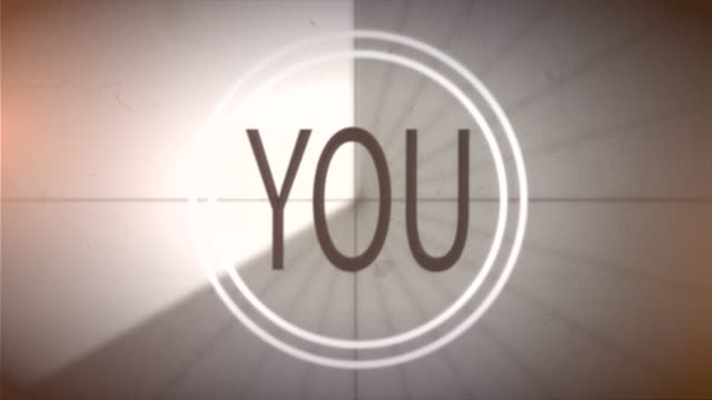 """fuck you!"" auf dem bildschirm - negativ bildart stock-videos und b-roll-filmmaterial"