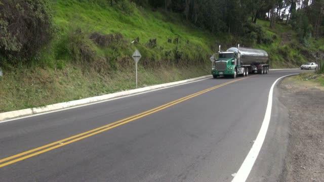 fuel trucks, gasoline, diesel - tankfartyg bildbanksvideor och videomaterial från bakom kulisserna