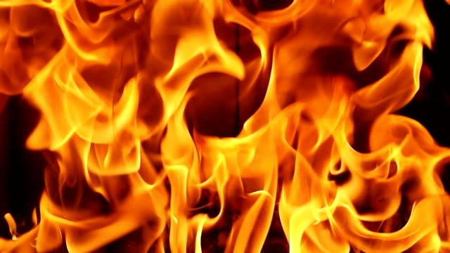 vidéos et rushes de hd full frame brûlant des flammes - plein cadre
