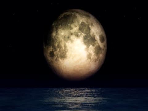 luna piena e oceano - {{relatedsearchurl(carousel.phrase)}} video stock e b–roll