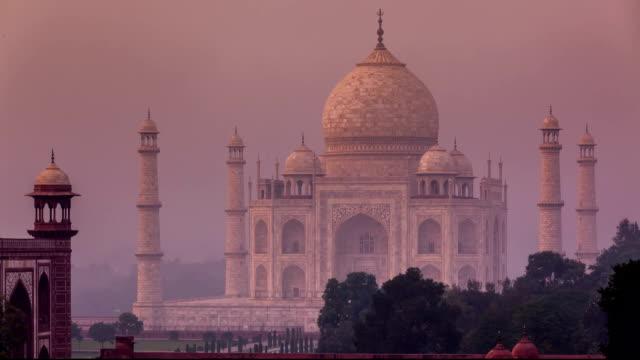 FullHD Taj Mahal timelapse video