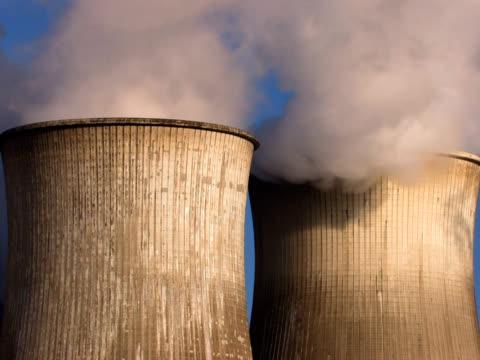 pal: gas di scarico - attrezzatura energetica video stock e b–roll