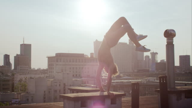 Fun on the roof video