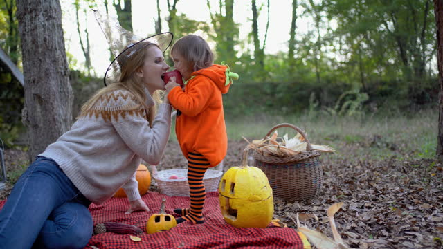 Funny time with daughter during the Halloween