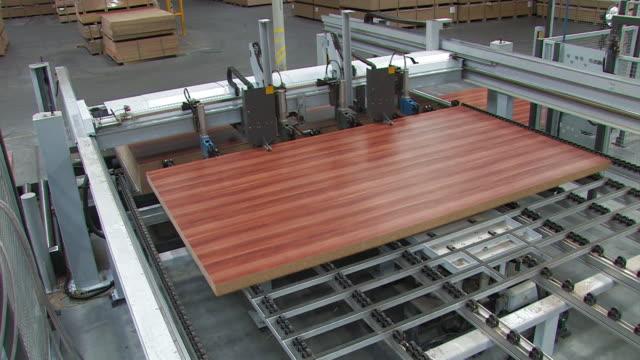 ファーニチャー工場 - 木目点の映像素材/bロール