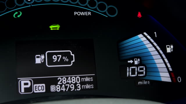 vídeos de stock e filmes b-roll de futuristic electric car's dashboard turning on - led painel