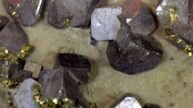 Galena Rock Crystals video