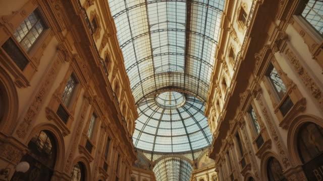 Galleria Vittorio Emanuele II, Milano Italy video