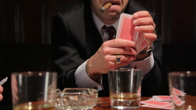 gioco d'azzardo - sigaro video stock e b–roll