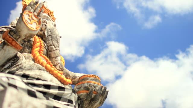 Ganesha the Hindu Elephant Deity - A Cloud lapse video