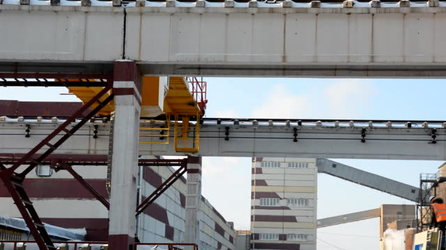 Gantry crane with a stove outdoors in winter video