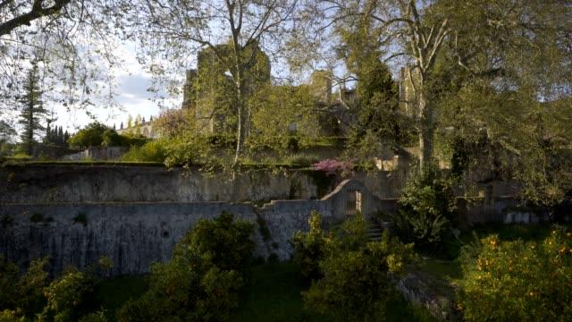 garden in convent of christ christ convent in tomar, portugal - jesus christ filmów i materiałów b-roll