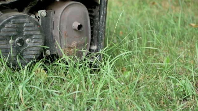 bensin drivs bärbara generator - generator bildbanksvideor och videomaterial från bakom kulisserna