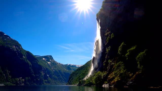 geiranger fjord, waterfall seven sisters. beautiful nature norway natural landscape. - fiordo video stock e b–roll