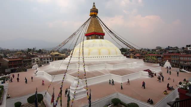 general view of boudhanath stupa in kathmandu, nepal - stupa stok videoları ve detay görüntü çekimi