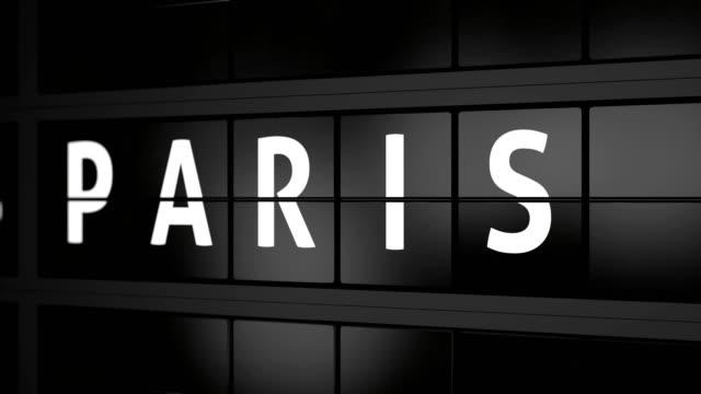 3d generated animation 4k, analogue airport billboard with flight information, arrival city of paris - wchodzić na pokład filmów i materiałów b-roll