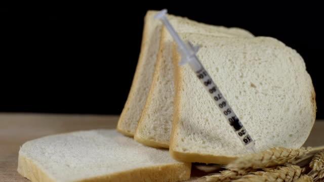 hd 超スローモーション: genetically modifiying お - 食パン点の映像素材/bロール