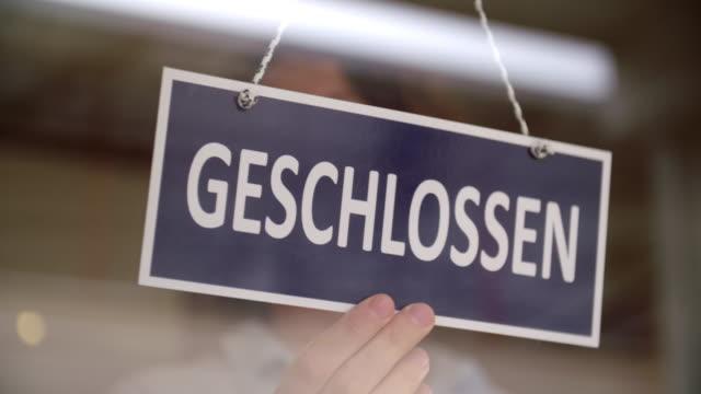 vidéos et rushes de signe fermé allemand - allemagne