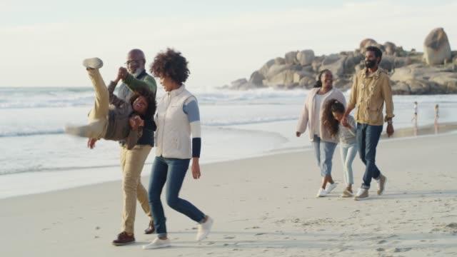 get the family together and have some fun - nonna e nipote camminare video stock e b–roll