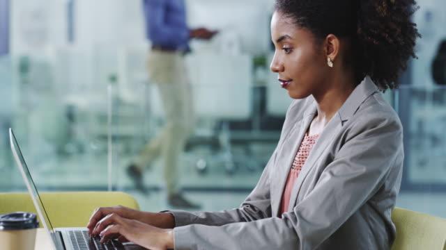 Unternehmen tun, eines Tages zu einer Zeit bekommen – Video